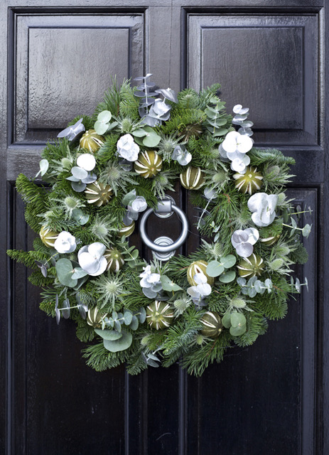 WildAbout-Christmas-Wreath-2012-10