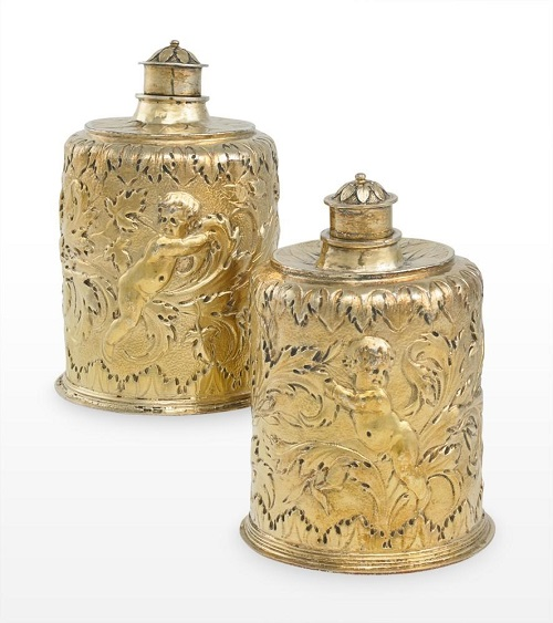 : Pair of flasks, Thomas Jenkins (London), silver-gilt, about 1680. Given by Margaret Roper in memory of her husband Brian Roper, 2016. Museum number 2016.5. © Holburne Museum | www.tonygilbert.co.uk